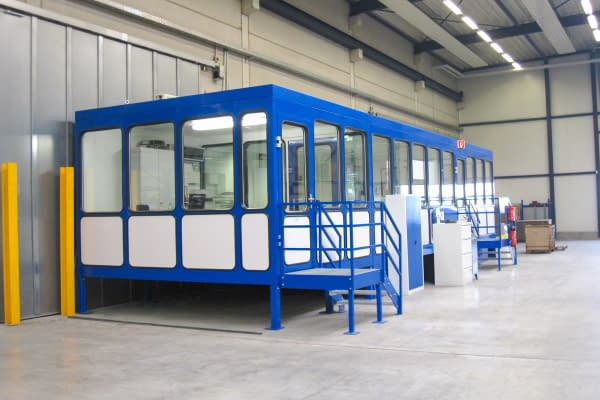 R room system as indoor hall office on stilts in corporate design